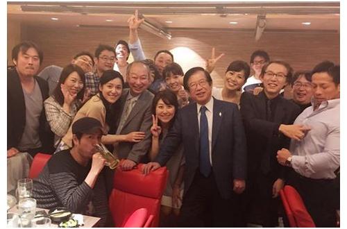 【悲報】カトパンこと加藤綾子、人気が落ちまくってレギュラー一本・・・のサムネイル画像