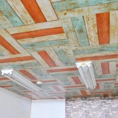 市松貼りで可愛く個性的なチェッカー柄♪天井DIYはシールが一番