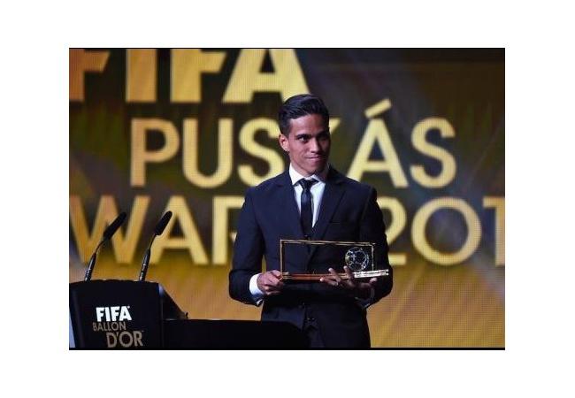 サッカー選手からプロゲーマーへ、選手時代の報酬を超えるwwwwwwwwww
