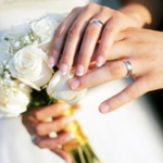 プロポーズされてないのに結婚するって変だよね