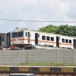 『墓場に残る日本製電車!!廃車回送終了後のプルワカルタ(20年11月)』の画像