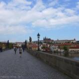 『チェコ旅行記6 プラハ最大の観光名所、プラハ城へ。やっぱり城だから高い所にあって坂道が辛い』の画像