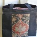 帯地のバッグ