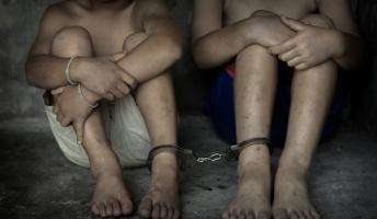 """弱者や子どもの""""奴隷労働""""が生み出している身近な商品8選"""