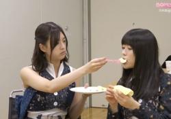 【画像】吉田綾乃さん、やはりメンバーに餌付けしていたwwwwwwww
