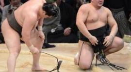 北の湖理事長、日馬富士に失格の烙印「横綱の成績ではない」