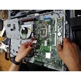 『電源の入らないLenovo製 液晶一体型パソコンの修理作業』の画像
