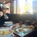 休日のお昼にラーメンを食べに行きました。