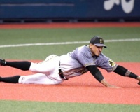 マルテ、阪神の開幕3番つかんだ 好守に先制二塁打!好相性・菅野も撃つ!