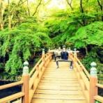『浜松城公園で変なポーズをして写真を撮るのが流行っているみたい』の画像