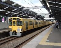 『西武鉄道2000系2063編成から通風器が消滅 空調装置が全部新型に』の画像