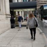 『フィラデルフィア旅行記3 【NBA現地観戦】ラプターズのホテル出待ちチャレンジでサインをゲット!』の画像