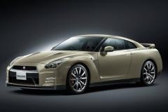 日産 GT-R に45周年記念車…「R34」のあのカラーを再現、限定45台