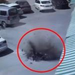 【動画】中国、歩道の地面が突然、爆発!地下のガス管が破裂し地面をふっ飛ばす!