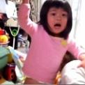 【動画】 人生初の偉業を達成した女の子。褒めてあげて下さい。
