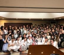 『【Juice=Juice】宮崎由加卒業公演に駆けつけたメンバーの集合写真キタ━━━━(゚∀゚)━━━━!!!!』の画像
