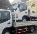 【画像】トラックの上のトラックにまた車、「過剰搭載」の運転手を逮捕、罰金3400円