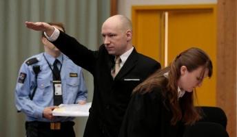 ノルウェーで77人を殺害して 3部屋、TV、プレステを与えられた受刑者 人権を盾に待遇改善を訴える