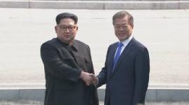 """【韓国】文在寅にスパイ疑惑…北朝鮮への忠誠誓う""""誓詞文""""発覚"""