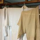 『夏に使用、麻の着物を洗濯する。男の着物より。』の画像