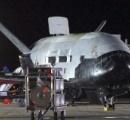 【画像】 アメリカ空軍が擁する謎の無人宇宙機「X-37B」が帰還 22か月地球を周回 任務は不明