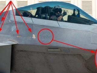 F-35戦闘機があるからか、もうF-22は結構雑な扱いされているのね!