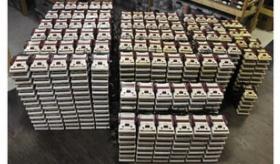 【ゲーム機】   日本で ファミコン1000台が 750万円で売られているぞ。  なお買い手は いないもよう。 海外の反応