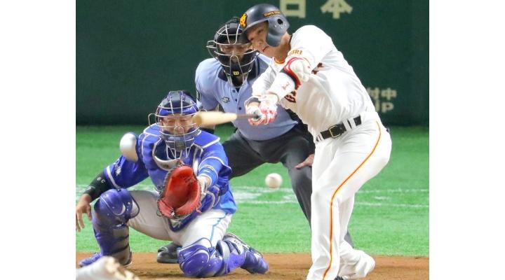 巨人・坂本勇人(30) 通算1858安打!