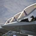 【悲報】立憲 枝野「F35は時代遅れの戦闘機、買うのは無駄」← 買うと決めたの枝野さん達の民主党政権ですが