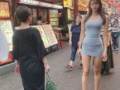 【画像】巨大女性さん、中国に襲来wwwww