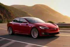 テスラ『モデルS』量産EV初の1回充電で1000km以上を走行!