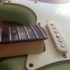 『エレキギターのガリ・ノイズ対策』の画像