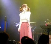 『加護亜依、モーニング娘。卒業以来の熱唱で涙「歌っていいよとアップフロントの皆さんが言ってくれて」』の画像