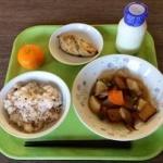 中学生「うちの学校の給食がまずすぎる」 「人間の食べ物じゃない」