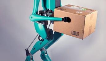 人型ロボットが自動運転車でやってきて玄関先まで荷物を運んでくれるという未来がもうすぐ実現(動画あり)