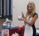【画像】ミス・アメリカ・コンテストがパレードで履く靴がヤバすぎると話題に