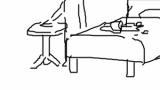 【悲報】ワイお湯入りカップ麺をベッドに投げスマホをテーブルに置く