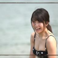 横山由依『ゆいはんの夏休み』でヌーブラやニップレス見えまくりなんだが・・・いいのこれ?[画像あり] アイドルファンマスター