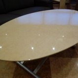 『【住賓館設定のフルオーダー】バーズアイメープルミガキ仕様の昇降テーブル』の画像