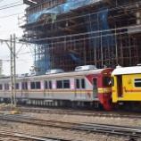 『東急8500系8618F2両構内入替中』の画像