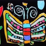 『2年生図工「ステンドグラス」(プッシュステンド)』の画像