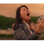 高畑充希さんが熱唱したCM、「X」の「紅」が200万再生突破!!