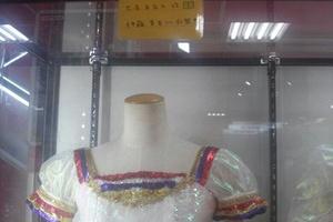 【グリマス】アイマスオフィシャルショップにて、アイマス関連ステージ衣装が展示中(写真あり)