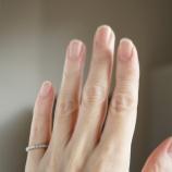 『ネイルリペアセラム1ヶ月使用で爪の縦溝はどうなったか?』の画像