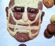 NMB作の進撃の巨人クッキーが二重の意味でうまい!