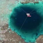 【動画】中国、南シナ海の巨大穴「ブルーホール」が世界最深300mと判明! [海外]