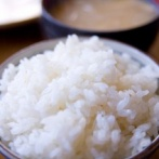 アメリカ人「日本食も日本菓子もどれも同じ味、見た目が違うだけじゃないか」