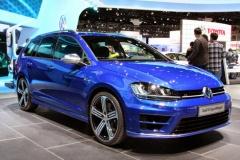 VW ゴルフ ヴァリアント 新型に300psの「R」…性能はハッチバックに匹敵