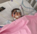 「生命維持装置を外さないで!」両親の訴えが聞き入れられた後、少女の意識が奇跡的に回復する