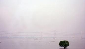 """破滅的な数の犠牲者が出た""""最悪な洪水""""15選"""